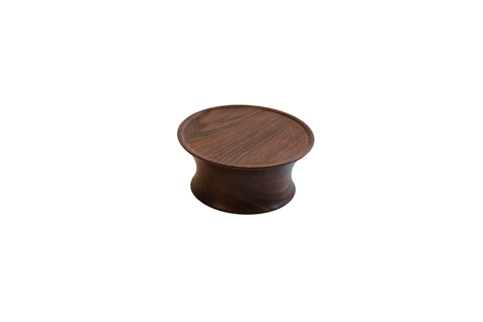 Bu_cs004_cake_stand_walnut_small_drum