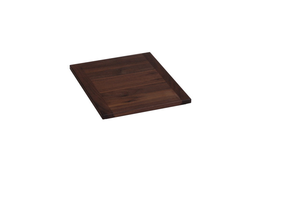 Bu_ft0031_flow_plinth_walnut_1