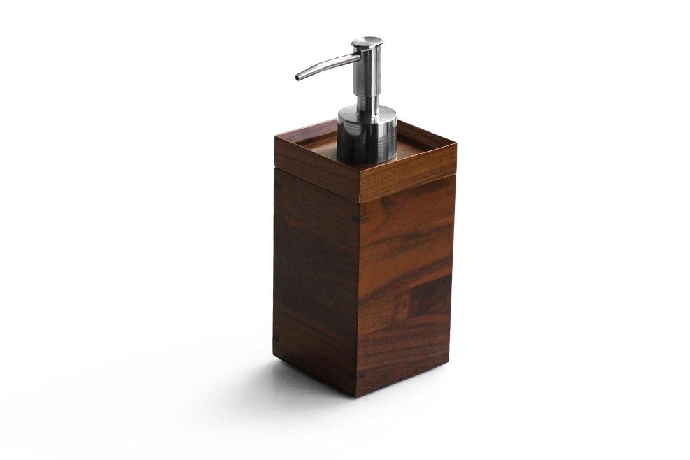 Lotion-dispenser-4